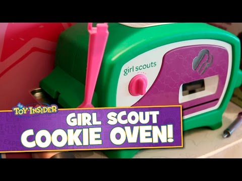 Girl Scout Cookie Oven from Wicked Cool Toys at Sweet Suite 2015