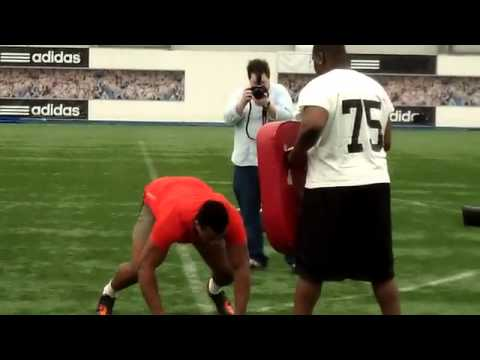 San Francisco 49ers Lawrence Okoye at his NFL (UK) Combine Workout in London