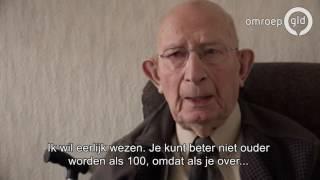 105 jarige in het zonnetje gezet  'Oud worden, dat heb je niet in de gaten'