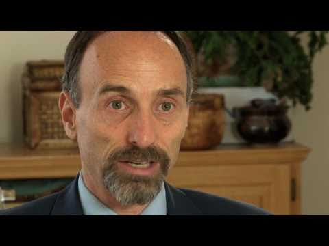 Jeffrey M. Smith On The Dangers of GMO Food