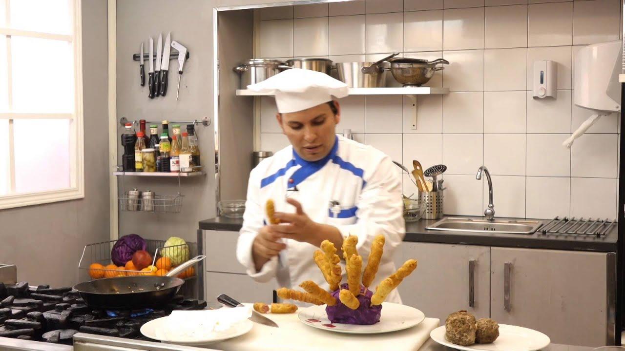 هوت دوج بوب كورن ولحم روستو مع البيض مع وليد الحاوى فى السلاطات والمقبلات (الجزء الثانى)