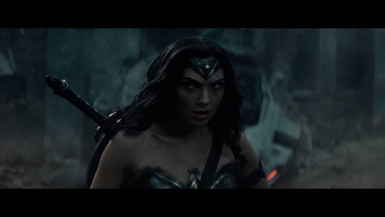 Wonder Woman Epic Entrance In Batman V Superman Dawn Of-5425