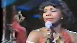 "Gladys Knight ""Try To Remember/The Way We Were"" (1980)"