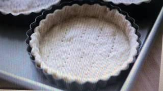 Пирожное с бананово-кокосовой кремовой начинкой