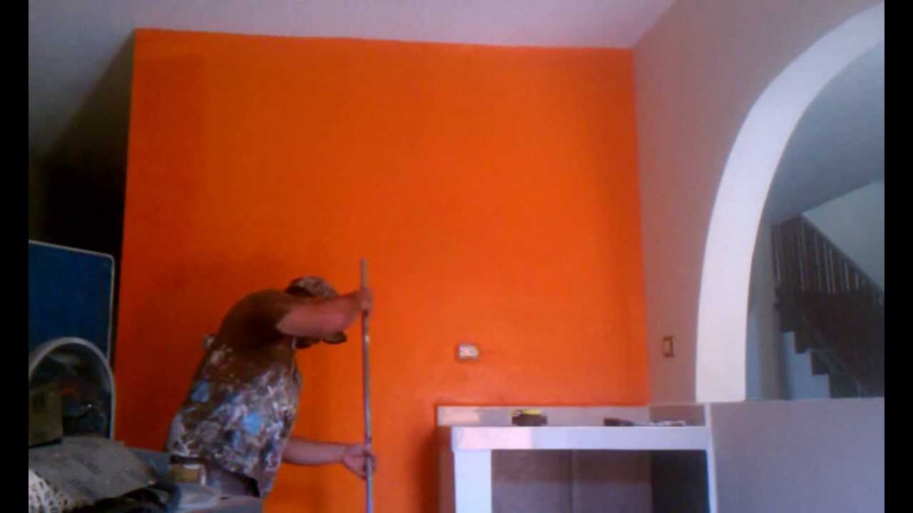 Trabajo de pintura en interior tono mandarina youtube for Colores de pintura para sala