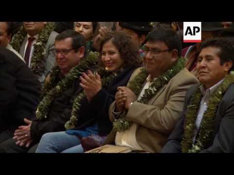Bolivias Morales approves coca law