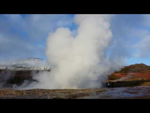 Iceland geothermal very tall spewing water (energy) 2016