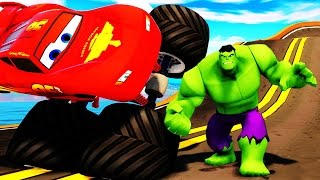 Мультики про Машинки. Молния МАКВИН Монстр Трак И ХАЛК на КРУТОМ ТРАМПЛИНЕ. Monster Truck for kids
