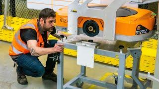 Empleados y robots van de la mano