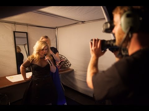 Kelly Clarkson - Behind The Scenes Intro: KCM5 Honda Civic Tour