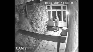 CCTV - crooks robbing London house - do you know them?