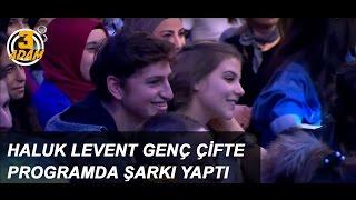 Haluk Levent Genç Çifte Programda Şarkı Yaptı L 3 Adam - Haluk Levent, 3 Adam Seyircileri Arasında Bulunan