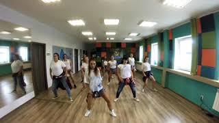 Familiar Choreography by Sylwia Tokarska