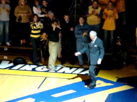 Hot Rod Hundley walks the WVU carpet.MPG