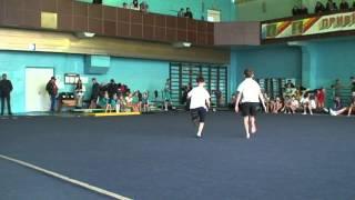 Спортивная акробатика, выступление мужской группы II юн. разряд