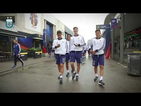 Los sparrings que acompañan a la Selección Mayor, visitaron el Camp Nou