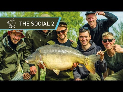 CARP FISHING 🐟 CATCHING GIANT CARP at THE SOCIAL 2  FULL MOVIE