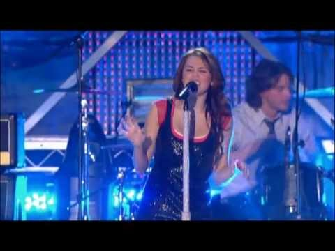 Miley Cyrus - Live Performance from Disney Channel Games -