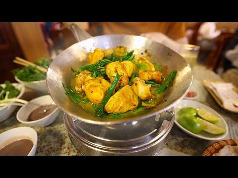 Over 100 YEARS Of History In HANOI: Chả Cá | Vietnamese FOOD With @Cờ Rít Ở Châu Á