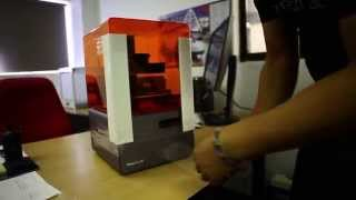 FORM1+ Stereolithography (SLA) 3D Printer UNBOXING