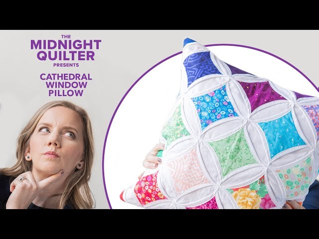 Cathedral Window Pillow | The Midnight Quilter Presents: Holiday Gift-Along Series!