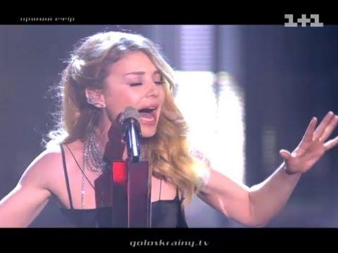 Тіна Кароль виконала свою пісню «Помню»