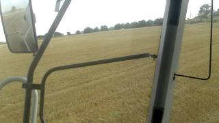 Claas Tucano 320 / Wheat harvest 2013