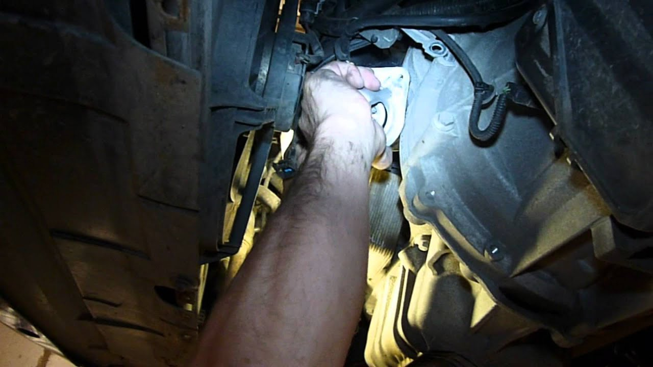 снимаем стартер с двигателя ford s-max
