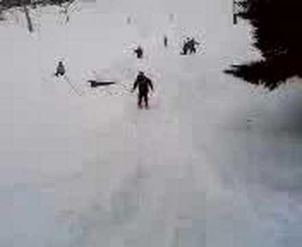 mike chute en skie