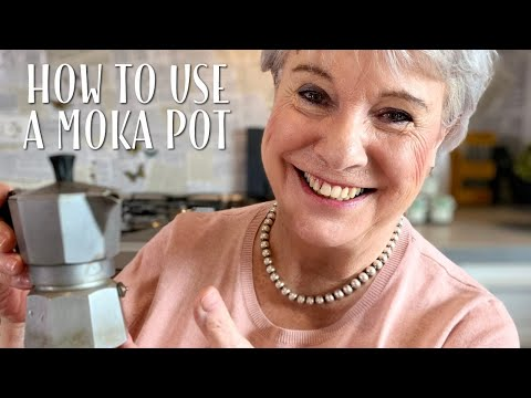 How To Make Italian Moka Coffee - Mamma Giuliana