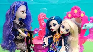 Two-Headed Mermaid ! Toys and Dolls Fun Playing with Peri and Pearl Make Up & Hairstyles