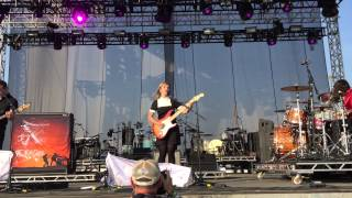 Teaser for new Joy Formidable song Riot Fest Denver 2015