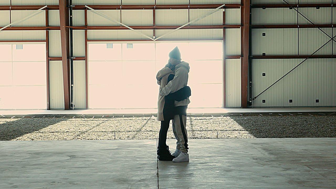 Elliott Taylor & Skylar Grey - Claws (Official Music Video)