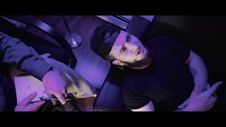 Смотреть клип Vin Jay - Black And White