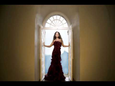 Elissa - Min Gheir Mounasba / إليسا - من غير مناسبة
