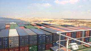 cross the largest French carrier containers carrying 180 tons and million dollar fees