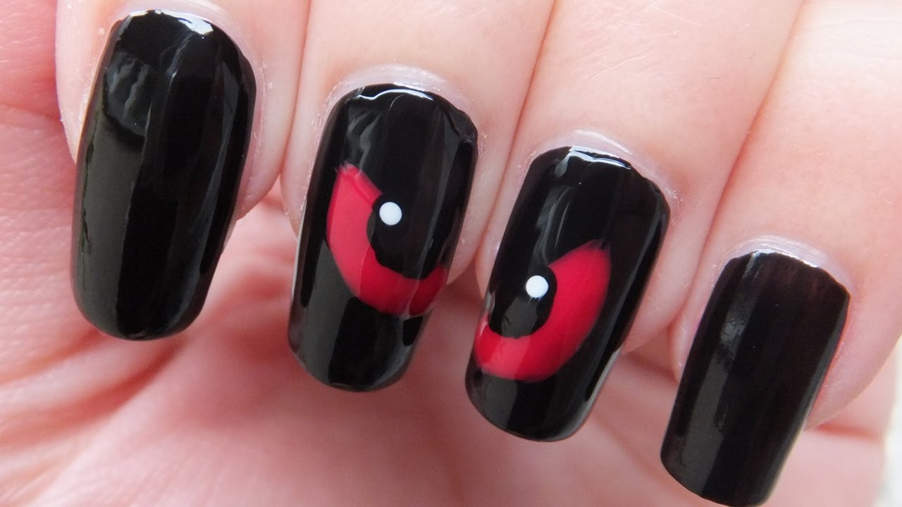 halloween spooky eyes nail art