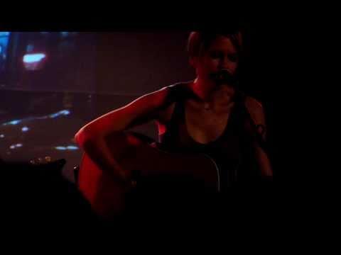 Juliana Hatfield & Evan Dando - What Is Wrong (live)