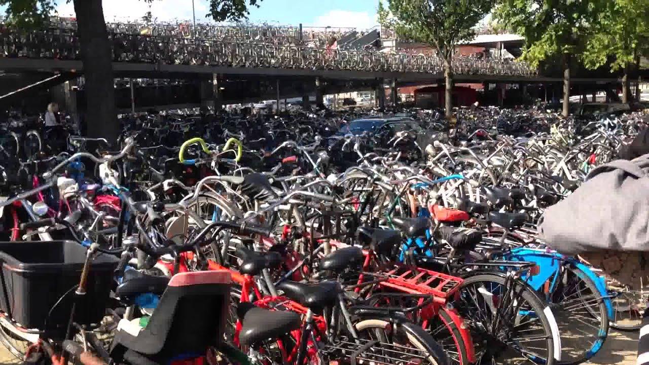 Amterdam bike station