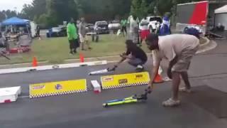 Carreras de carritos a control remoto
