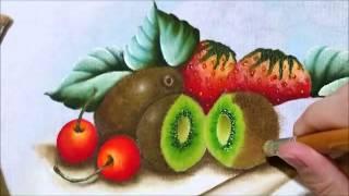 Pintando Kiwi com Claudia Beatris