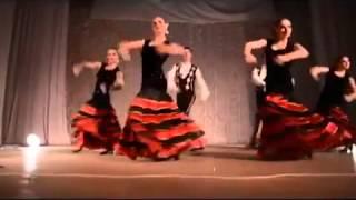 Испанский танец с кастаньетами