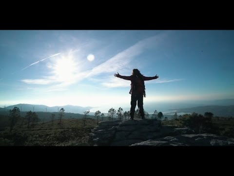 Ricky Hombre Libre - Vengo de Galicia (Videoclip Oficial)