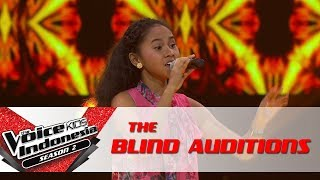 "Rafa ""Rangkaian Melati"" | The Blind Auditions | The Voice Kids Indonesia Season 2 GTV 2017"