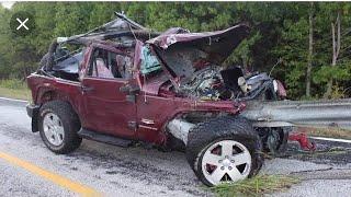 Crazy Jeep & 4X4 Fails and Wins   Best Off Road Compilations 4X4 Fails
