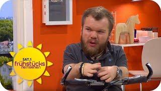 KLEINWÜCHSIGER darf KEIN BUS FAHREN | SAT.1 Frühstücksfernsehen | TV