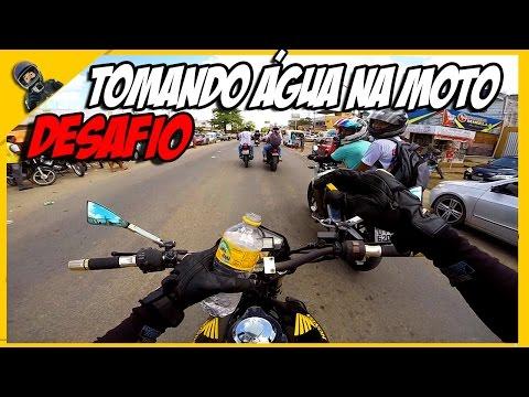 🔵 DESAFIO BEBENDO A ÁGUA DO AMIGO NA MOTO EM MOVIMENTO / TONH MILLER
