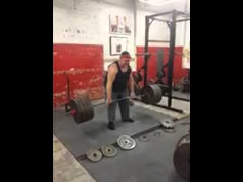 Fred Peterson Pulling 585 Raw @ 76 (No Belt & LIFETIME Drug Free !!!)