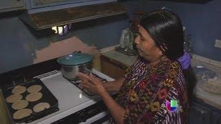 Una comunidad maya en Florida enfrenta dificultades de Idioma -- Noticiero Univisión