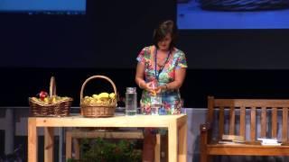 Dale la vuelta a tu alimentación: Susana Foix y Consuelo Perez at TEDxAtalayaST